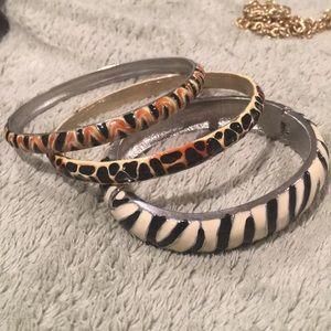 Jewelry - Animal 🦒 🦓 🐅 print bracelets